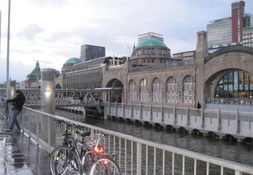 Hamburg: 4 Prozent der Bürger arbeiten im IT-Bereich